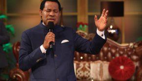 Pastor-Chris-Oyakhilome-healing-streams-live-healing-services